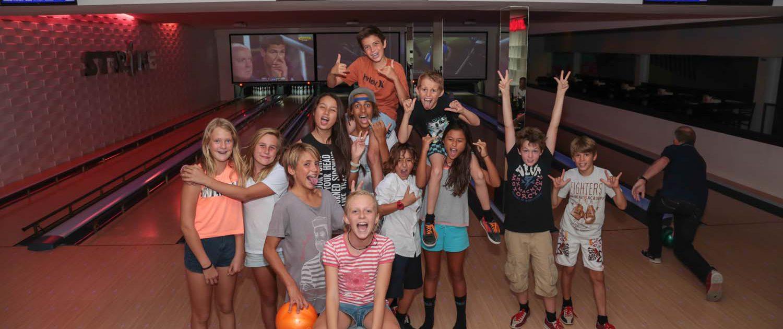Strike ten pin bowling